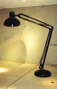 lampadaire geant interieur